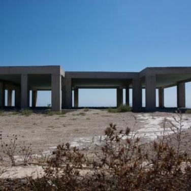 Castles in Spain. 2008, photography, 80 x 120 cm / Les châteaux en Espagne. 2008, photographie, 80 x 120 cm