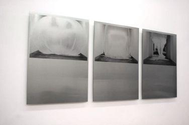 Courant d'air. 2013, photographic triptych, print on dibond. Bonn / Courant d'air. 2013, triptyque photographique, impression sur dibond. Bonn