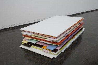 Val Duchesse. 2006, laquer, MDF, plexiglass in multiple parts, 52,5 x 132 x 251cm / Val Duchesse. 2006, laque, MDF, plexiglass en plusieurs parties, 52,5 x 132 x 251 cm