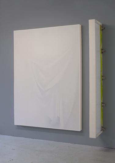 Curtain/quater curtain, 2016, wood, fabric, metal, 132 x 180 x 8 cm