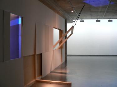 Es könnte so oder so ausgehen. 2011, installation view / Es könnte so oder so ausgehen. 2011, vue de l'installation