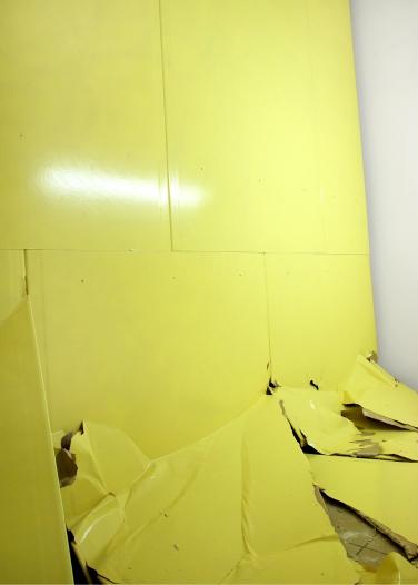 """""""Was soll ich tun?"""". 2007, große Kunstausstellung, Haus der Kunst, Munich"""