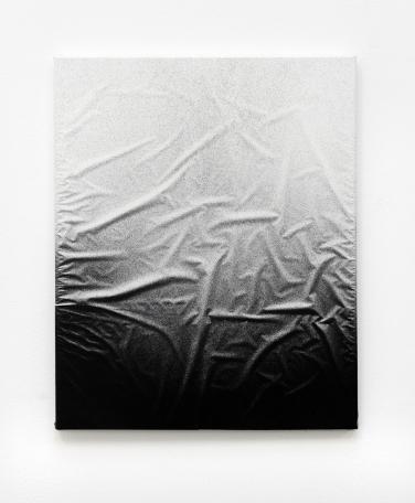 Untitled. 2014, spray paint on shrink-wrapped canvas, 50 x 40 cm / Sans titre. 2014, peinture aérosol sur toile de cellophane, 50 x 40 cm