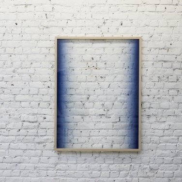 SEBASTIAN WICKEROTH Untitled. 2015, spray paint on glass, frame, 124 x 94 cm / Sans titre. 2015, peinture aérosol sur verre, cadre, 124 x 94 cm