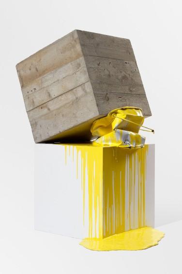 Base VI. 2012, concrete, polystyrene, metal can of paint, painted wood and resin, 114 x 64 x 73 cm / Base VI. 2012, béton, polystyrène, pot de peinture en métal, résine et bois peints, 114 x 64 x 73 cm