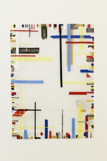 Randerscheinung. 2014, tape, transparent paper, 60 x 90 cm. Sleeper Gallery, Edinburgh / Phénomène Secondaire. 2014, bandes, papier transparent, 60 x 90 cm. Sleeper Gallery, Edinburgh