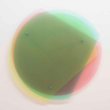 3/4 Kreisexzenter N°3/13. 2013, pigment on sanded glass, 125 x 125 cm / 3/4 Kreisexzenter N°3/13. 2013, verre poncé pigmenté, 125 x 125 cm