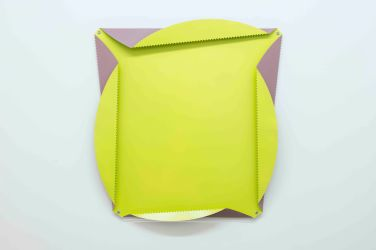 Quadratur des Kreises N°2/13. 2013, painted aluminium, perforated, folded, 112 x 112 cm / Quadratur des Kreises N°2/13. 2013, aluminium peint, perforé, plié, 112 x 112 cm