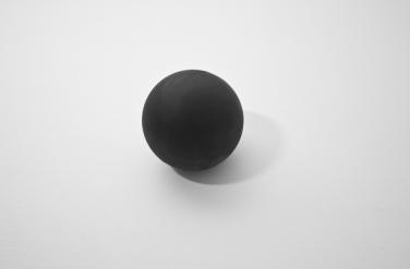 Black Holes. 2014, ferrite, dimensions variable. © Dimitri Mallet / Black Holes. 2014, ferrite, dimensions variables. © Dimitri Mallet