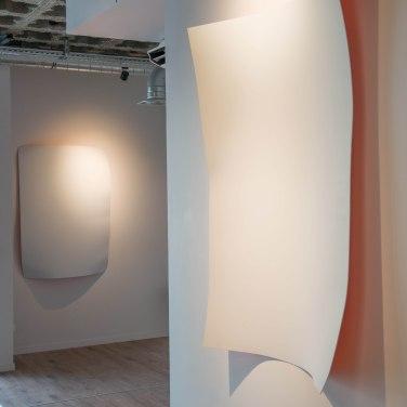 Cédric Teisseire - Front Kick et Back Kick, 2014. Laque et aérosol sur dibond, 107 x 153 cm